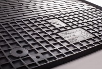 Чешские коврики компании Stingray на Фольксваген Гольф 7 (магази
