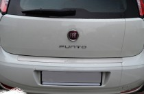 Накладка на задний бампер Фиат Пунто 3 (защитная накладка бампера Fiat Punto 3)