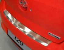 Накладка на задний бампер Хендай i20 (защитная накладка бампера Hyundai i20)