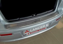 Накладка на задний бампер Митсубиси Лансер 10 (защитная накладка бампера Mitsubishi Lancer X)