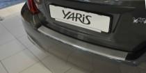 Накладка на задний бампер Тойота Ярис 3 (защитная накладка бампера Toyota Yaris 3)