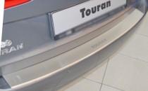 Накладка на задний бампер Фольксваген Туран 1 (защитная накладка бампера Volkswagen Touran 1)