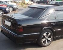 Купить спойлер на заднее стекло Мерседес W124 (фото ExpressTunin