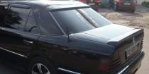 Аэродинамический спойлер на стекло Mercedes W124