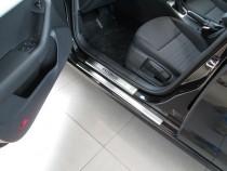 Накладки на пороги в автомобиль Шкода Октавия А7 (защитные накла