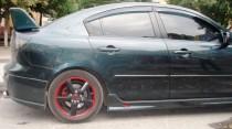 Купить аэродинамические пороги Mazda 3