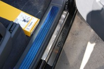 Накладки на пороги Фольксваген Туарег 1 (защитные накладки Volkswagen Touareg 1)