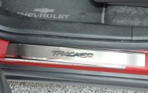 Накладки на пороги Шевроле Трекер (защитные накладки Chevrolet Tracker)