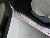 Накладки на пороги Фиат 500 (защитные накладки Fiat 500)