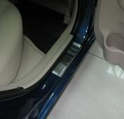 Накладки на пороги Хендай Акцент 3 5Д (защитные накладки Hyundai Accent 3 5D)