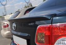 Лип спойлер на крышку багажника Toyota Avensis 3 (спойлер Тойота