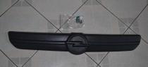 Зимняя накладка на решетку радиатора Опель Виваро 1 матовая (накладка на решетку Opel Vivaro 1)