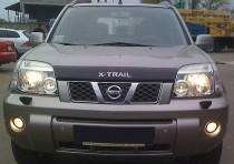 Дефлектор капота Ниссан Х-Трейл Т30 с логотоипом (мухобойка Nissan X-Trail T30 Logo)