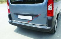 Хромированная кромка багажника Ситроен Берлинго 2 (хром нижняя кромка крышки багажника Citroen Berlingo 2)