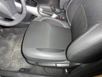 Чехлы в салон Тойота Аурис (авточехлы на сиденья Toyota Auris)