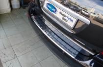 Хром накладка на задний бампер Мерседес МЛ W164 (хромированная накладка заднего бампера Mercedes ML W164)