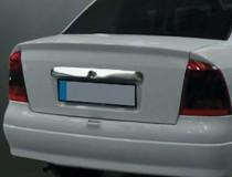 Хромированная накладка на багажник Опель Астра G (хром накладка над номером Opel Astra G)