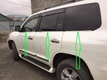 Хромированные молдинги стекол Тойота Ленд Крузер 200 (хром нижние молдинги стекол Toyota Land Cruiser 200)