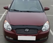 Дефлектор капота Хендай Акцент 3 (мухобойка Hyundai Accent 3)