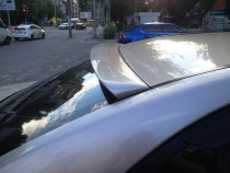 заказать спойлер на заднее стекло Hyundai Sonata 5 NF