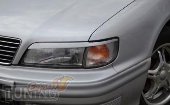 Передние реснички на фары Nissan Maxima A32 (установка на авто)