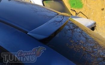 Козырек на заднее стекло Honda Civic седан (установка)