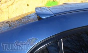 Аэродинамический козырек Honda Civic седан (фото)