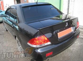Спойлер на стекло Mitsubishi Lancer 9 (задний козырек для Lancer