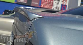 Установка спойлер на Focus 1 поколения в кузове седан