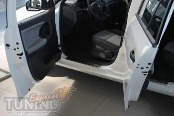 Накладки на пороги для авто Шкода Фабия 2 (защитные накладки Sko