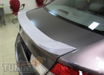 Новый аэродинамический спойлер для Honda Civic 4d