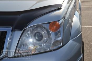 Установка тюнинг ресничек на фары Toyota Land Cruiser Prado 120
