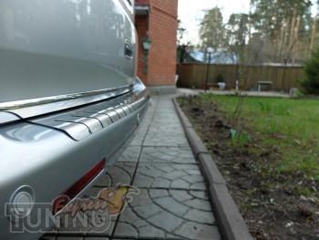 Хромированная нижняя кромка крышки багажника Фольксваген Транспо