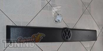 Купить накладку на решетку радиатора Фольксваген Транспортер Т4