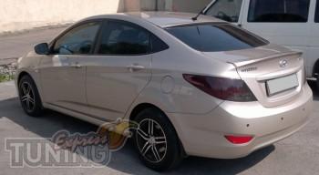 Накладка спойлер на заднее стекло для Hyundai Accent седан (Expr