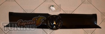 Пластиковая передняя накладка на решетку радиатора Транспортер Т