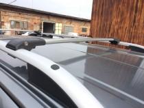 Установка поперечного багажника на Ситроен С3 Пикассо