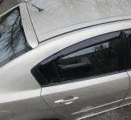 Накладка спойлер на стекло Mazda 3 (фото с установки)