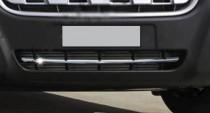 Хром накладка на передний бампер Nissan NV400