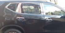 Хромированные молдинги на дверные стойки Nissan X-Trail T32