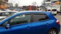 Боковые ветровики стекол Тойота Аурис 1 фото