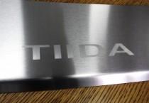 Накладка на задний бампер Nissan Tiida 1
