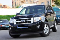 Дефлектор капота Ford Escape 2 с логотипом