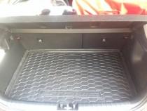Коврик в багажник Kia Stonic верхняя полка