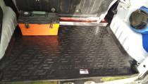 Коврик в багажник Пежо Партнер 1 резиновый