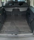 Коврик в багажник Пежо Рифтер резиновый