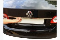 Хром накладка над номером Volkswagen Jetta 5