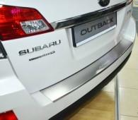 Накладка на задний бампер Субару Аутбек 4 (защитная накладка бампера Subaru Outback 4)