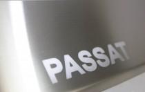 заказать защитную накладку бампера Passat B7)