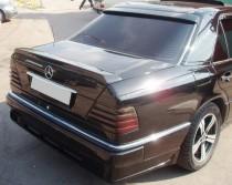 Фирменный задний спойлер Мерседес W124 (купить в магазине Expres